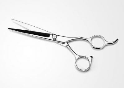 Hiusten leikkaus